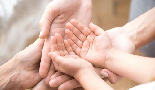 Tumores na mão: o que são e como tratar